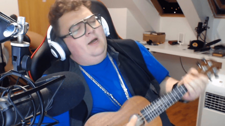 Fatty zpívá Despacito