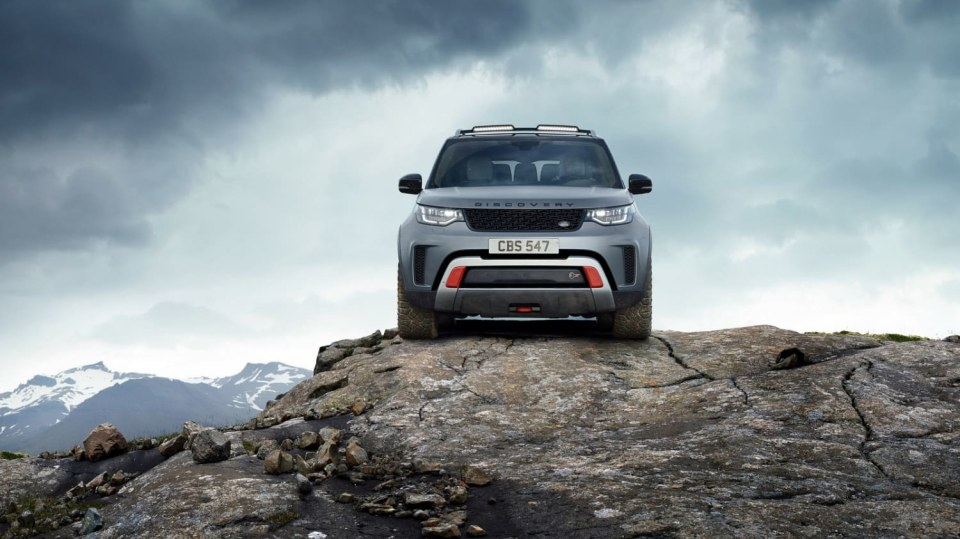 Land Rover Discovery SVX 6