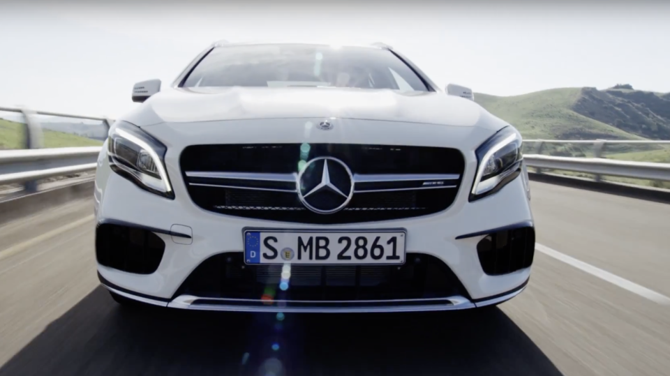 Mercedes and What3words 4