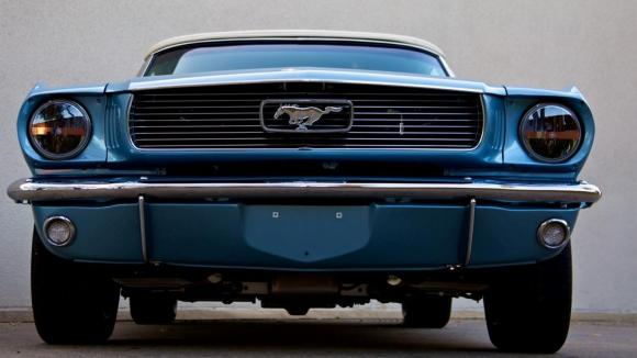 Revology Ford Mustang Replica